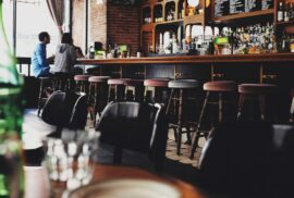 Barske stolice za kafice Lipa enteriejri